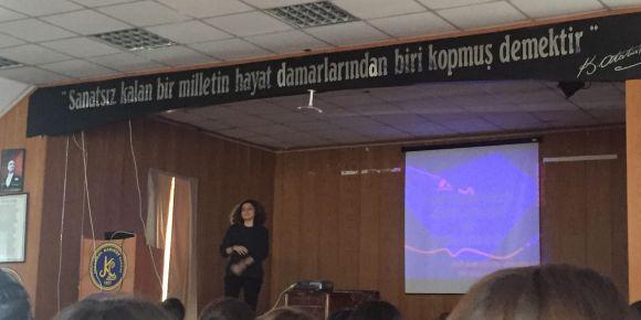 İstanbul Kadıköy Lisesinde alan seçimi sunumu