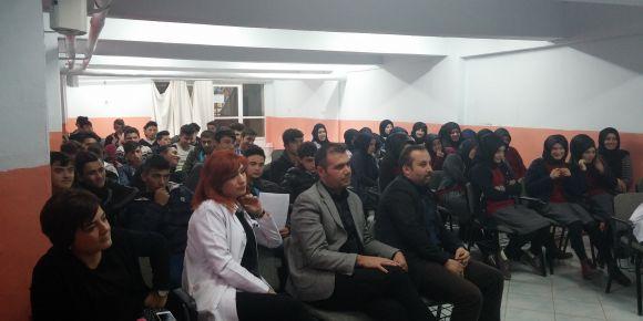 Yıldızeli Anadolu İmam Hatip Lisesi münazara etkinliği finali