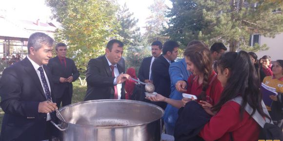 Göksun Şehitler Anadolu Lisesi 3. Geleneksel Aşure günü etkinliği yapıldı