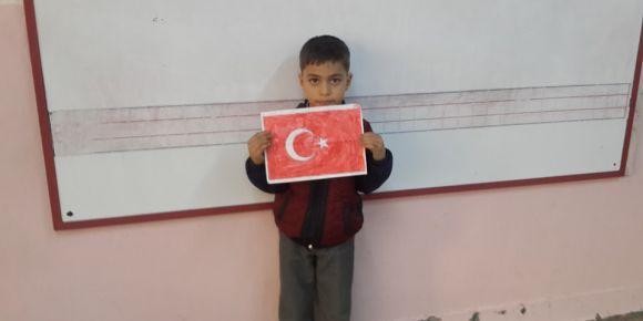 Nizip Cumhuriyet İlkokulu 1-D sınıfı öğrencilerinden anlamlı boyama etkinliği