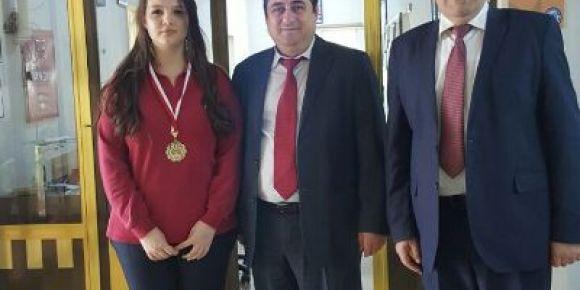 Karacabey Anadolu Lisesi karate dalında Bursa şampiyonu oldu