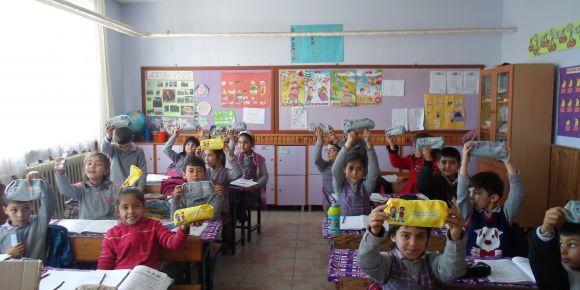 İlkokul öğrencilerimize diş sağlığı seti dağıtıldı