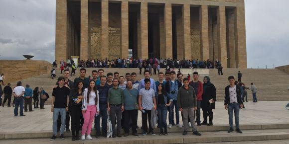 METEM'den Anıtkabir ziyareti