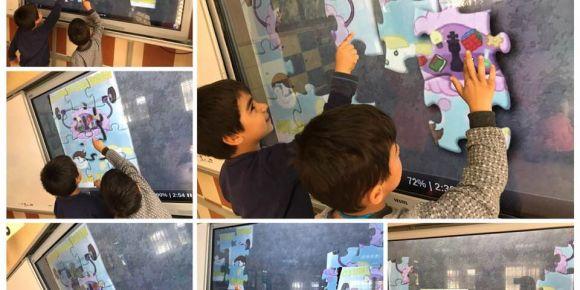 Proje afişimiz ile puzzle oluşturduk, sınıfı ortamında oynadık