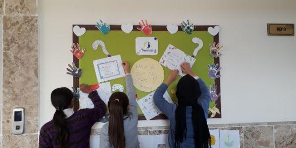 Şehit Cuma İbiş Ortaokulu E-twinning projelerinde yer almaya devam ediyor