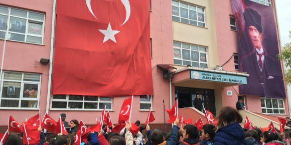 Albay  Niyazi Esen İlkokulu nda 29 Ekim Coşkusu