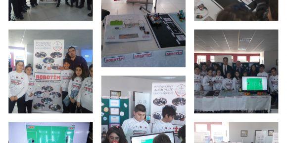 Adem Çelik İlk ve Ortaokulu robotik kodlama takımı ROBOTİM kodlama şenliğinde.
