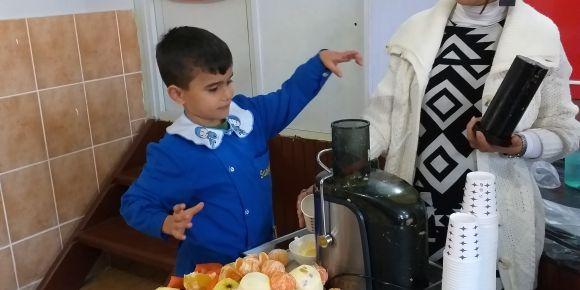 Okulumda Sıcak Süt İçiyorum/Meyve Suyumu Kendim Hazırlarım
