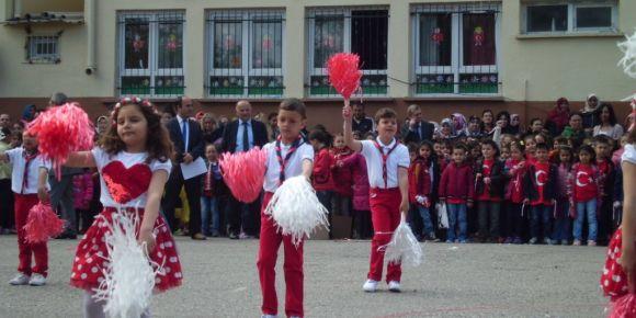 Laleli İlkokulu 23 Nisan Ulusal Egemenlik ve Çocuk Bayramı kutlamaları