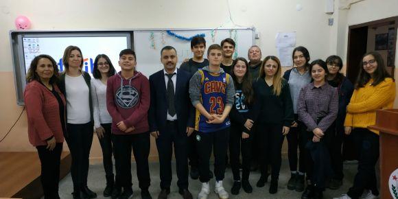 Söke Yavuz Selim Anadolu Lisesinde İngilizce Karaoke Yarışması