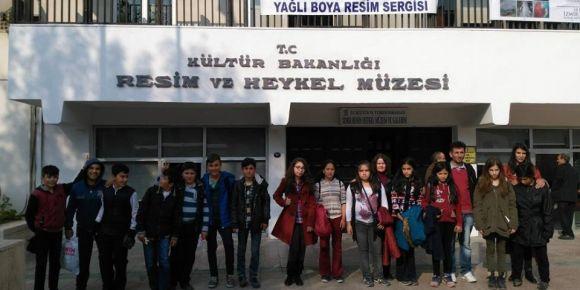 Uşak-Eşme Güllü Ortaokulu İzmir sanat gezisi