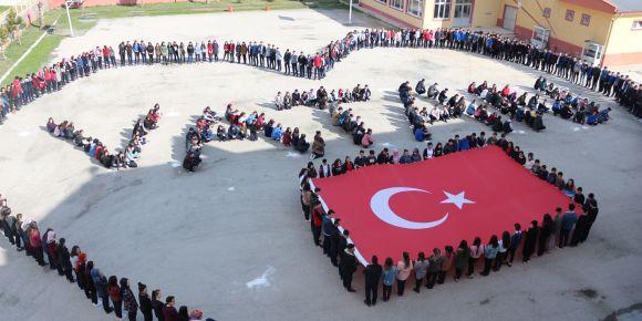 Okulumuz öğrencilerinden Mehmetçiğe destek