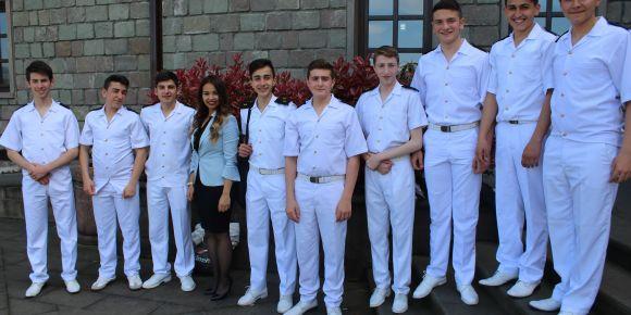 Çayeli Denizcilik Lisesi öğrencilerinden muhteşem şiir dinletisi