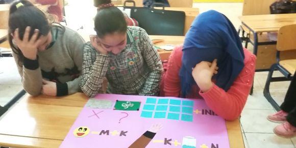 Mustafalar Şehit Volkan Çay öğrencileri resfebe yeni yıl kartı gönderiyor