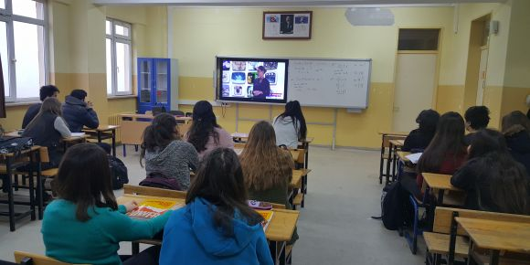 Eskişehir Toki Şehit İkram Cirit Anadolu Lisesi e twinning projesine ortak oldu.