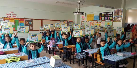 Gaziantep Ahmet Yesevi ilkokulu 3/İ Sınıfı öğrencileri kitap kaşifi olma yolunda
