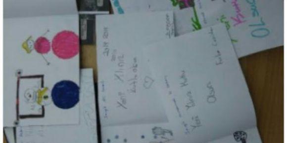 Kardeş okula yeni yıl kartlarımızı gönderdik