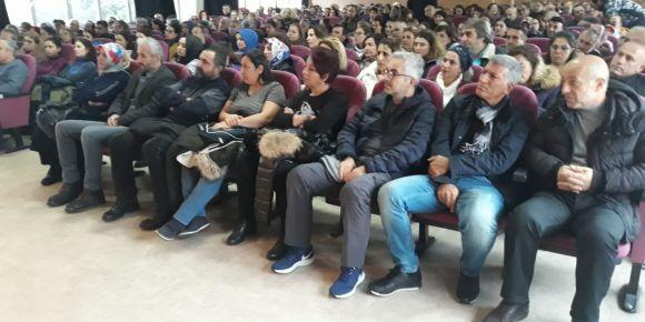İstanbul Kadıköy Lisesinde öğretmen-veli buluşması gerçekleşti