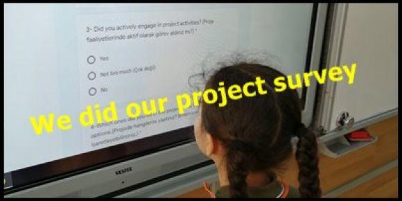Öğrencilerimiz projeleri ile ilgili anketi doldurdu