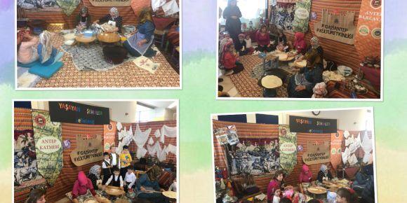 """""""Yaşayan Şehirler"""" eTwinning projesi kültür etkinliğinde sıkma ve yuvalama yapıldı"""