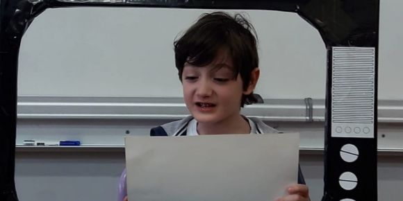 Yılmaz SOYAK İlkokulu 3/A sınıfı bakan Ziya SELÇUK'un verdiği EBA müjdesini aldı