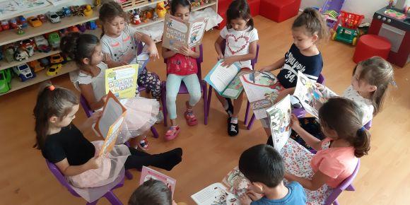 Aksu İlkokulu Anasınıfı Öğrencileri 100 Güne 100 Kitap eTwinning projesine devam ediyor