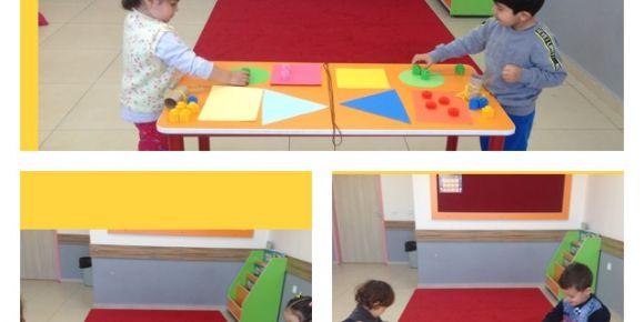 Geometrik şekiller ve renkleri oyunla eşleştirdik