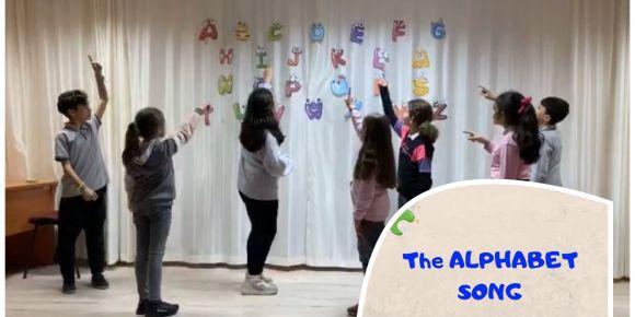 Türk ezgileriyle 'The Alphabet Song'