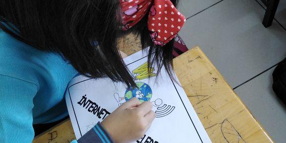 Dalaman Cumhuriyet İlkokulu Güvenli İnternet Günü Sınıf Etkinliği