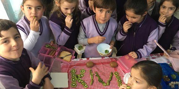 Beslenme Projesi Kapsamında Mevsim Meyveleri ve Meyve Sevgisi
