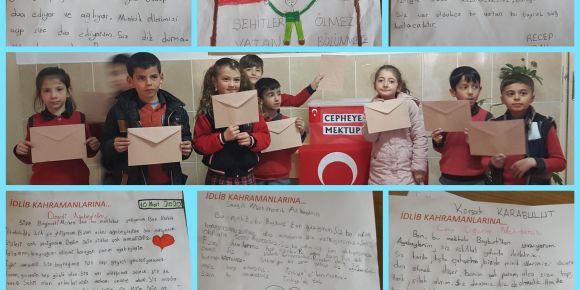 Kahraman Mehmetçiğe mektup yazdık