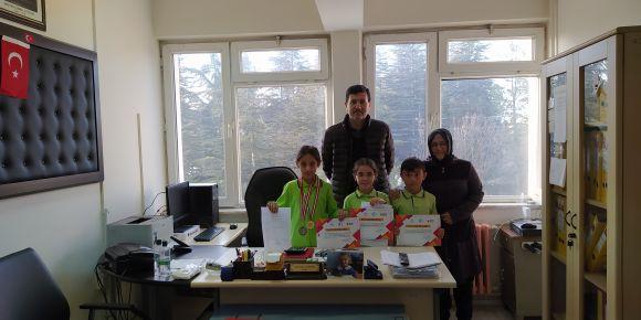 Eskişehir 2.Akıl Ve Zeka Oyunları Turnuvası'nda Cevat Ünügür İlkokulu