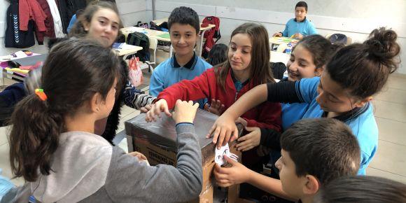 Öğrencilerimizin Hayvan Sevgisi İçimizi Isıtıyor