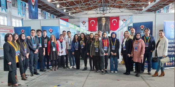 Liseliler Kayseri'de Yarışıyor