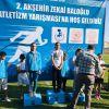 Küçük kızlar 400 metre koşusunda birinci olduk